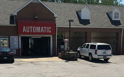 Squeaky clean tunnel and self serve car wash oil change and dog wash kirkwood mo self serve bays solutioingenieria Images