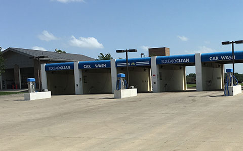Squeaky clean tunnel and self serve car wash oil change and dog wash raymore mo high pressure automatic wash and self solutioingenieria Choice Image